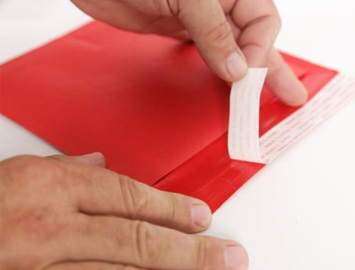 165 x 165mm Red Bubble Envelopes - 3