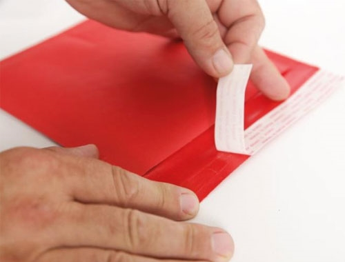 250 x 350mm Red Bubble Envelopes - 3