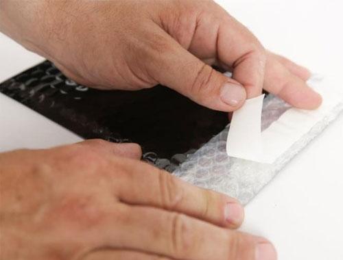 140 x 165mm Black Metallic Bubble Envelopes - 3