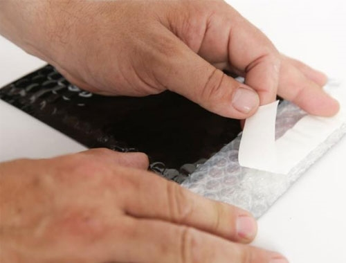 165 x 165mm Black Metallic Bubble Envelopes - 3