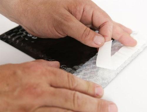 180 x 250mm Black Metallic Bubble Envelopes - 3